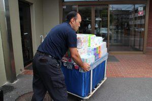 遺品整理で出た日用品を介護施設などに寄付