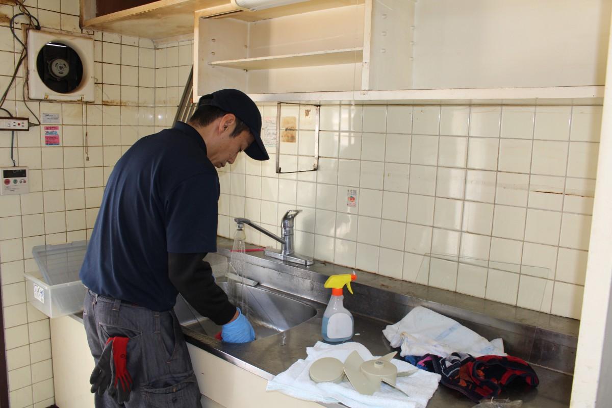 遺品整理・生前整理・簡易清掃作業風景